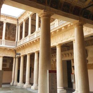 Palazzo Moroni - Visita Guidata